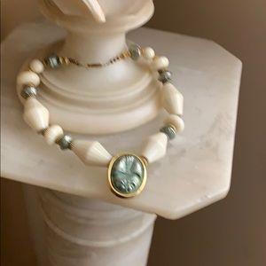 Jewelry - Art Deco  lucite & Peking Glass necklace